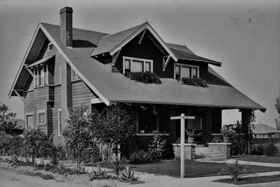2 story LA Craftsman 1900s