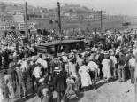 valentino-coffin-transport-press-photo