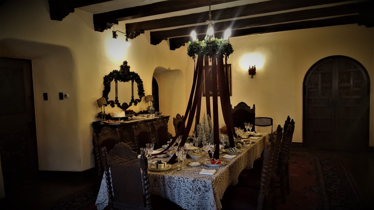 lcn-dining-room-xmas