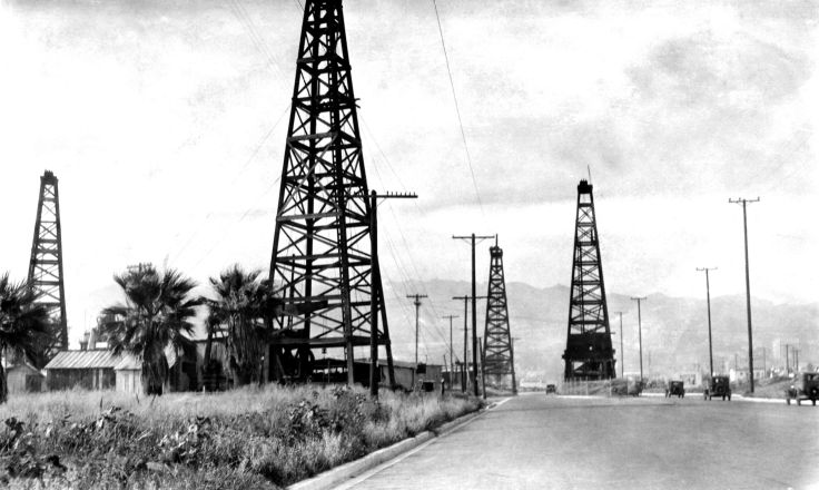 Photo Oil Wells Likely West Los Angeles 2005.370.1.1
