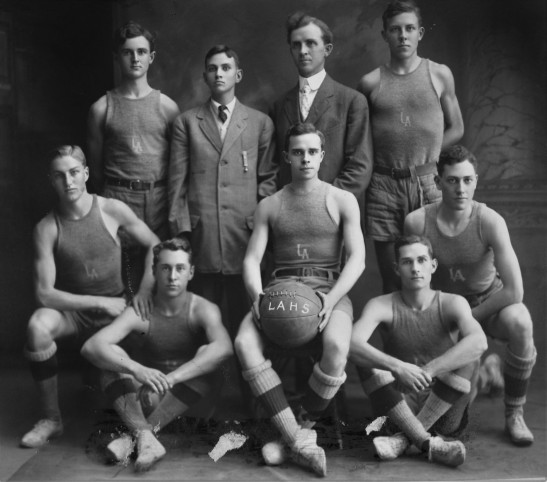 la-high-basketball-team-1900s