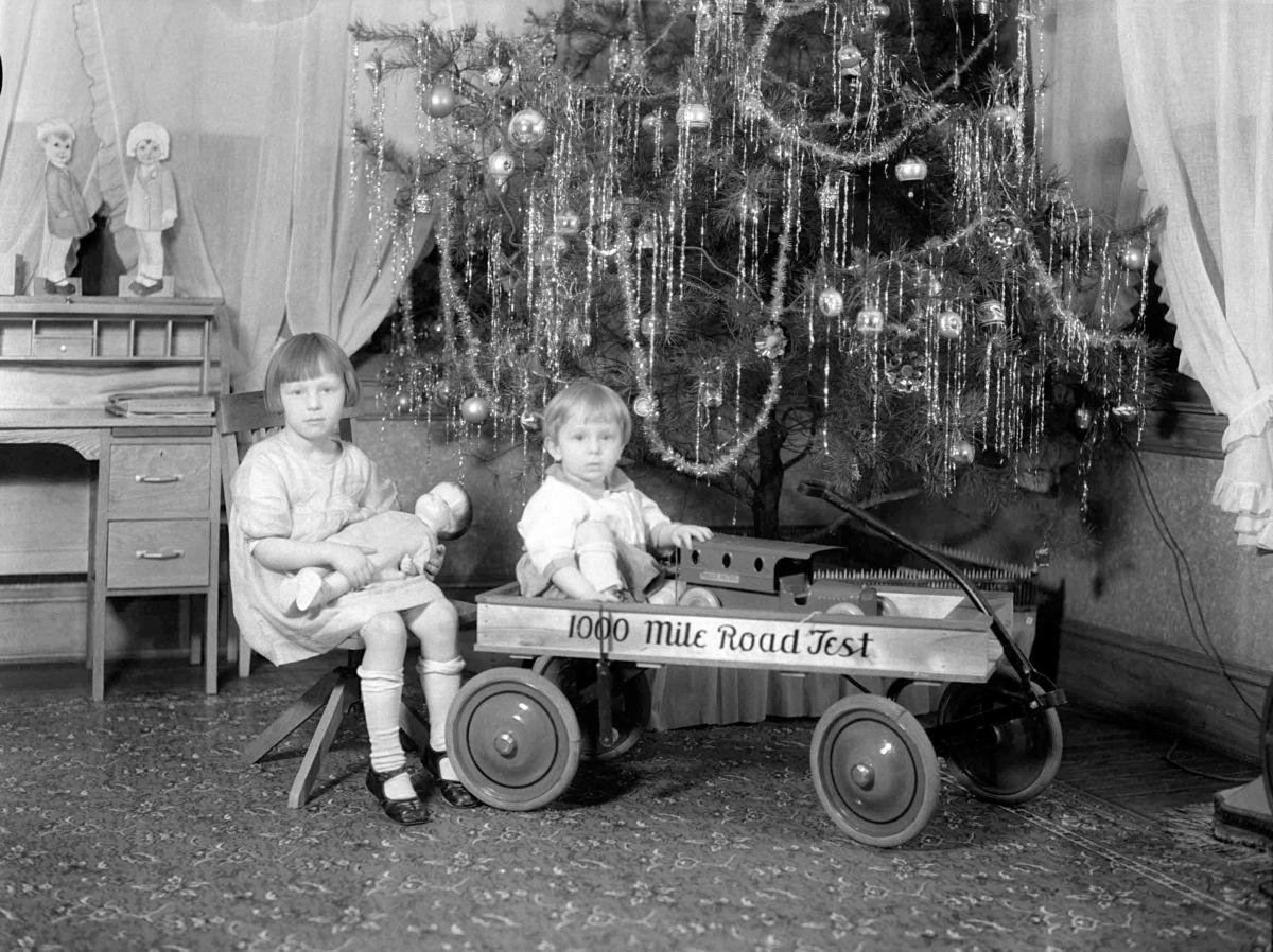 The Evolution Of Christmas Photographs Of Christmas Trees