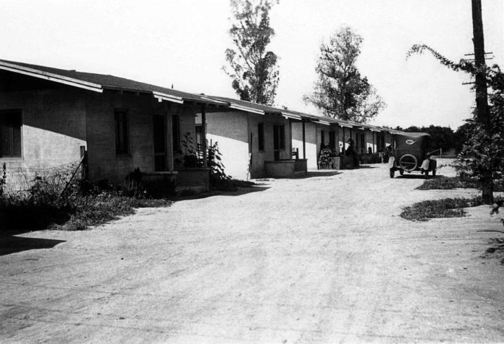 1117078A Snapshot Of The Mexican Quarter San Dimas 2013.573.1.46